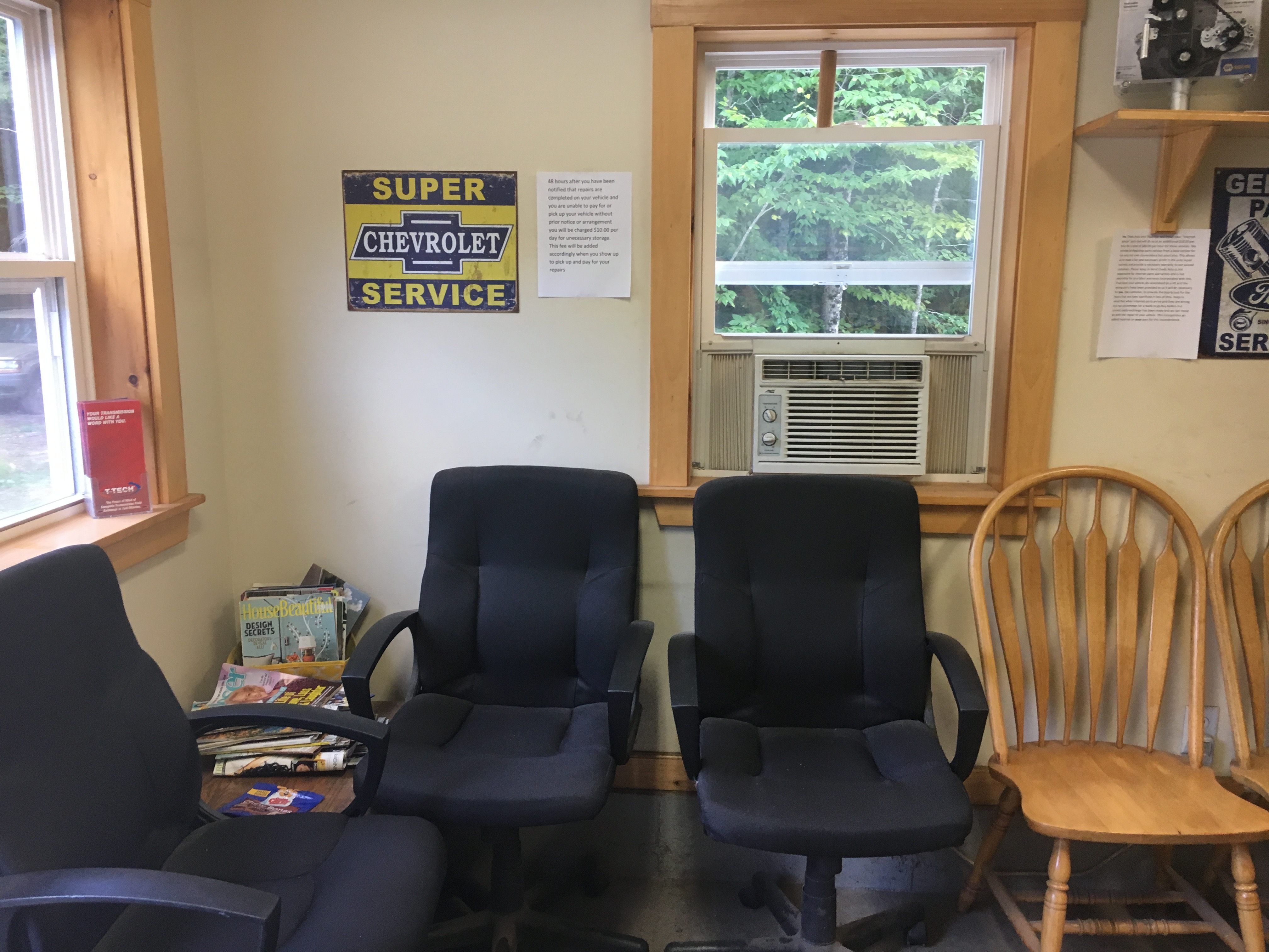 Chad's Auto Office